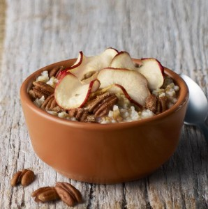 steel-cut-oatmeal-with-apple-chips-and-pecans