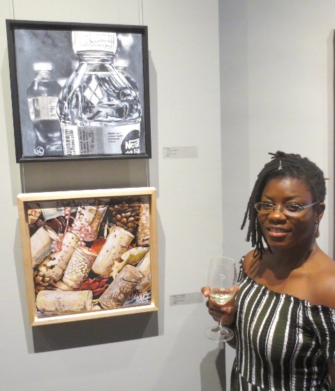 Aisha Chiguichon with her artworks-1